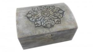 inkrustowane pudełko