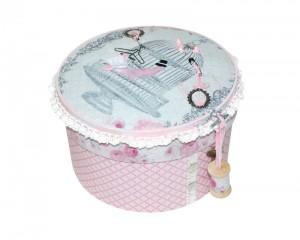 pudło różowe igielnik